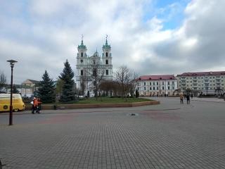 http://maglab.ru/extensions/quadric_image_assistant//uploads/users/1000/61/thumb/o_1ctpfioaq15d48kb9v51qj31dgj7.jpg